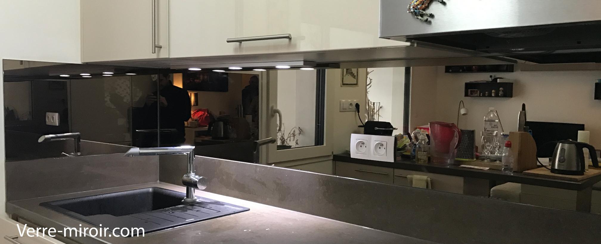 Crédence de cuisine miroir bronze