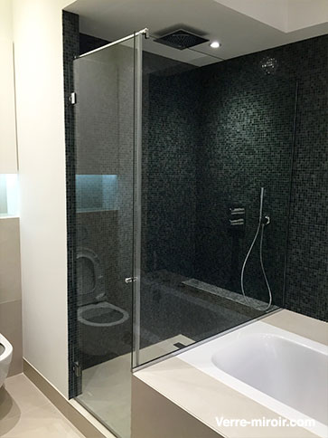 parois de douche sur mesure paroi de douche ouverte. Black Bedroom Furniture Sets. Home Design Ideas