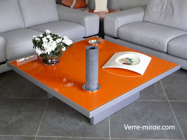 Table basse de salon verre trempe for Table basse en verre trempe