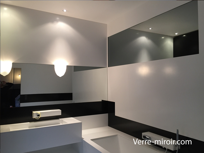 miroir de salle de bain. Black Bedroom Furniture Sets. Home Design Ideas