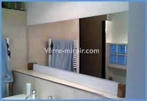 Réalisation de miroir de salle de bain sur mesure