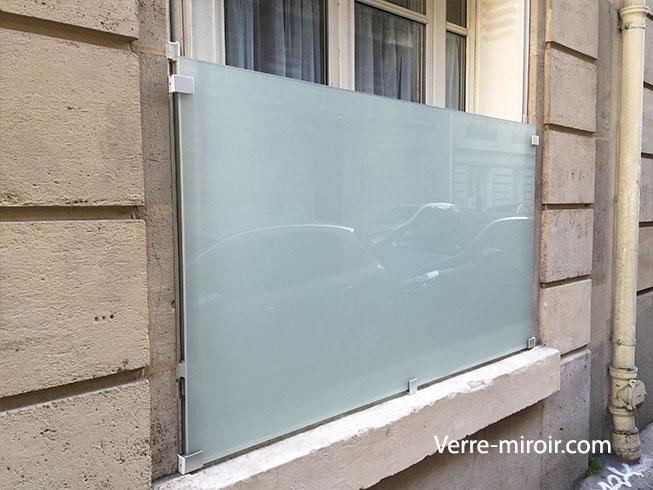 Protection de fenêtre en verre feuilleté opale