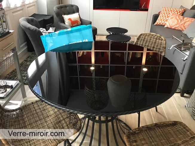 Protection de table ronde en verre laque noir
