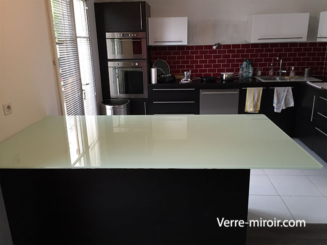 Table bar en verre trempe laque